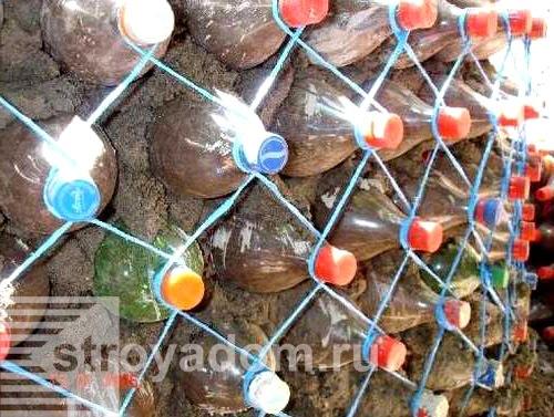 Белка из пластиковой бутылки своими руками